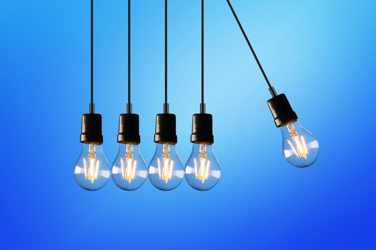 ¿Qué debo tener en cuenta antes de contratar los servicios de un distribuidor energético?